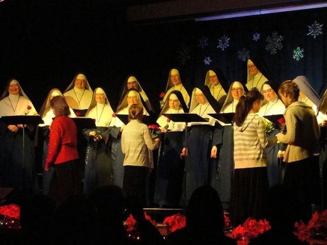 Singing-Nuns-SUNDAY-75a